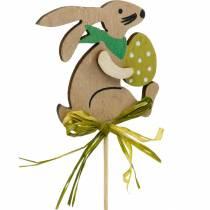 Konijn met paasei op een stokje, paashaas bloemenplug, houten paasdecoratie, decoratieve plug, bloemdecoratie 12st