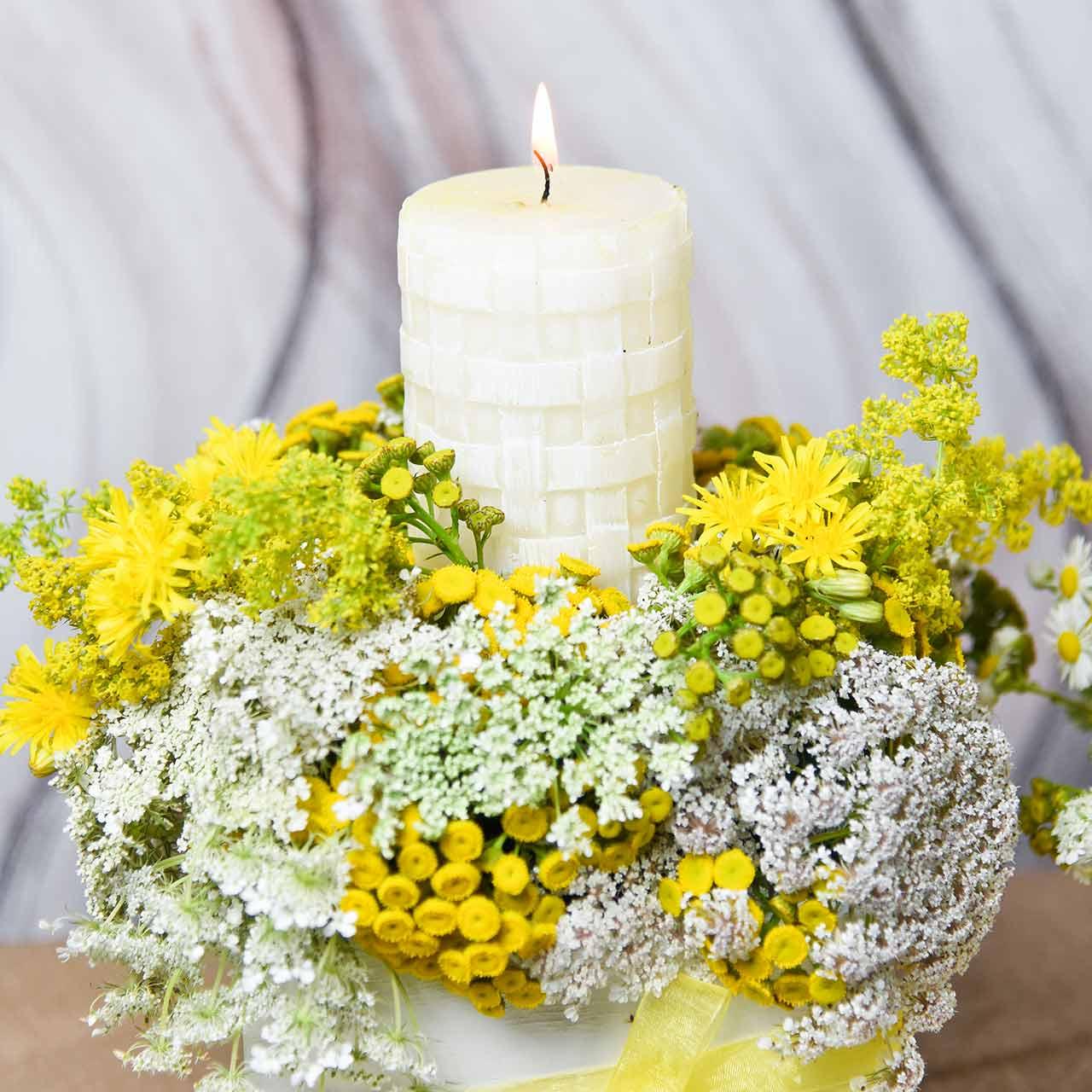 Rustieke kaarsen, witte waskaarsen, stompkaarsen mandpatroon 110/65 2st