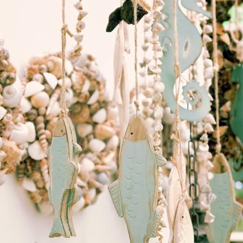Decoratieve hangende houten vis groen 18cm of 24,5cm 2st